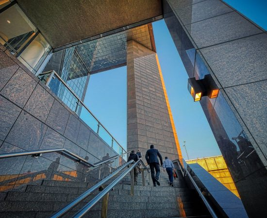 stairs-6133971_1920